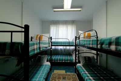 ایتالیا - ۱ از ۶ تخت