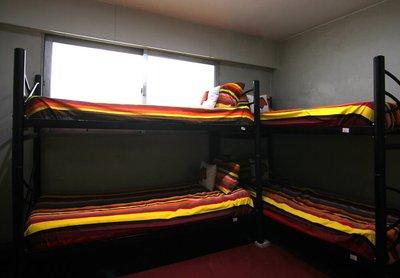 سلوک - 1 از 4 تخت
